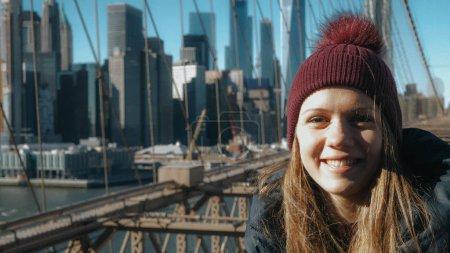 Photo pour Vue exceptionnelle sur les toits du pont de Brooklyn New York - photographie de voyage - image libre de droit