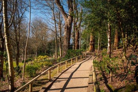 Photo pour Magnifiques jardins du château de Leeds en Angleterre - photographie de voyage - image libre de droit