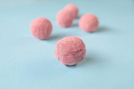 köstliche handgemachte Süßigkeiten mit unterschiedlichen Geschmacksrichtungen