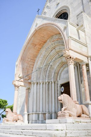 Marble lions of the protiro of the Duomo of Ancona