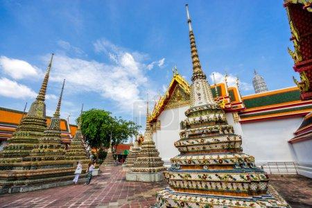 Woman traveler in Wat Pho
