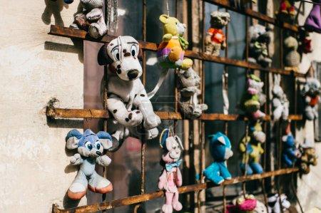 Photo pour Vue rapprochée de vieux jouets enfantins vintage - image libre de droit