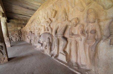 Photo pour Mamallapuram Statues rupestres et temple à Mamallapuram, Tamil Nadu, Inde - image libre de droit