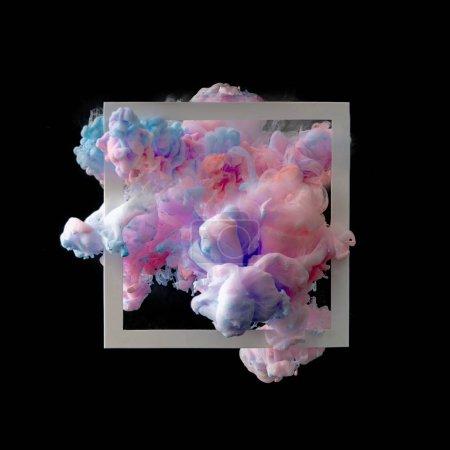 Photo pour Nuages abstrait peinture rose et bleu pastel avec cadre blanc sur fond foncé - image libre de droit