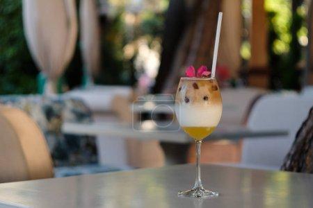 Photo pour Café glacé dans le café - image libre de droit