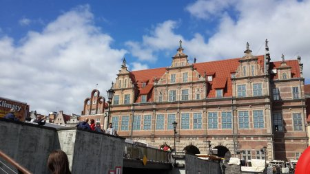 Foto de Vista de la ciudad con arquitectura tradicional durante el día - Imagen libre de derechos