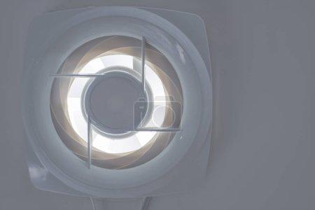 Photo pour Système de ventilation sur fond blanc isolé - image libre de droit