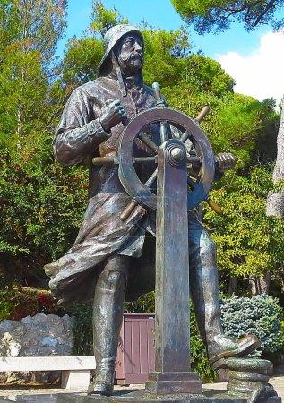 Statue of Prince Albert 1st