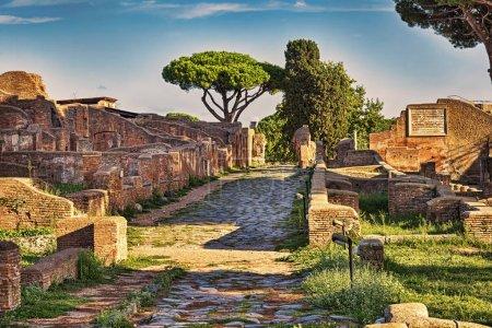archäologische römische reich street view im antiken ostia - rom - italien
